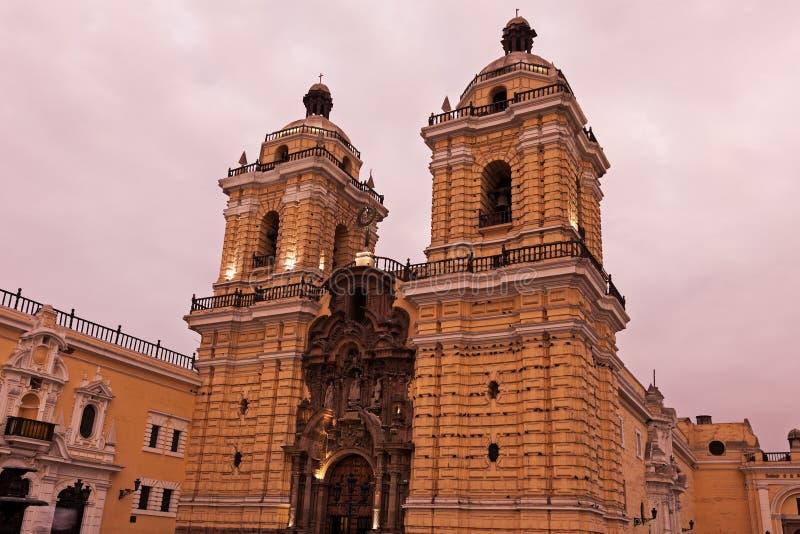 Convento De Сан-Франциско в Лиме стоковые фотографии rf