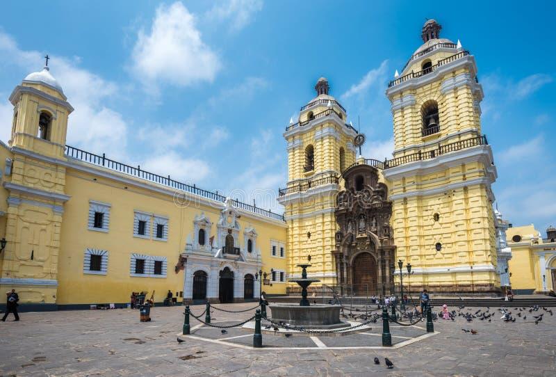 Convento de Сан-Франциско или монастырь Св.а Франциск Св. Франциск, Лима, Перу стоковые изображения rf
