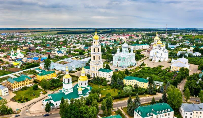 Convento de Diveyevo em Nizhny Novgorod Oblast, Rússia imagem de stock