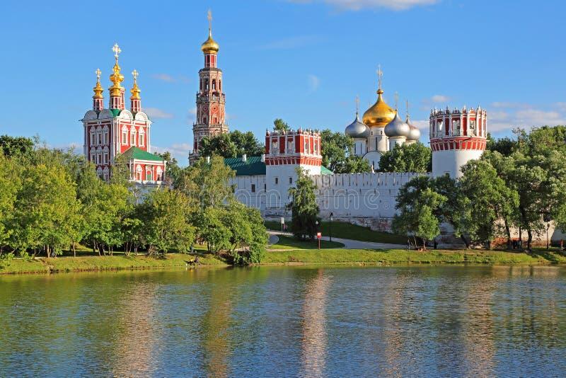Convento de Novodevichy en Moscú fotografía de archivo libre de regalías