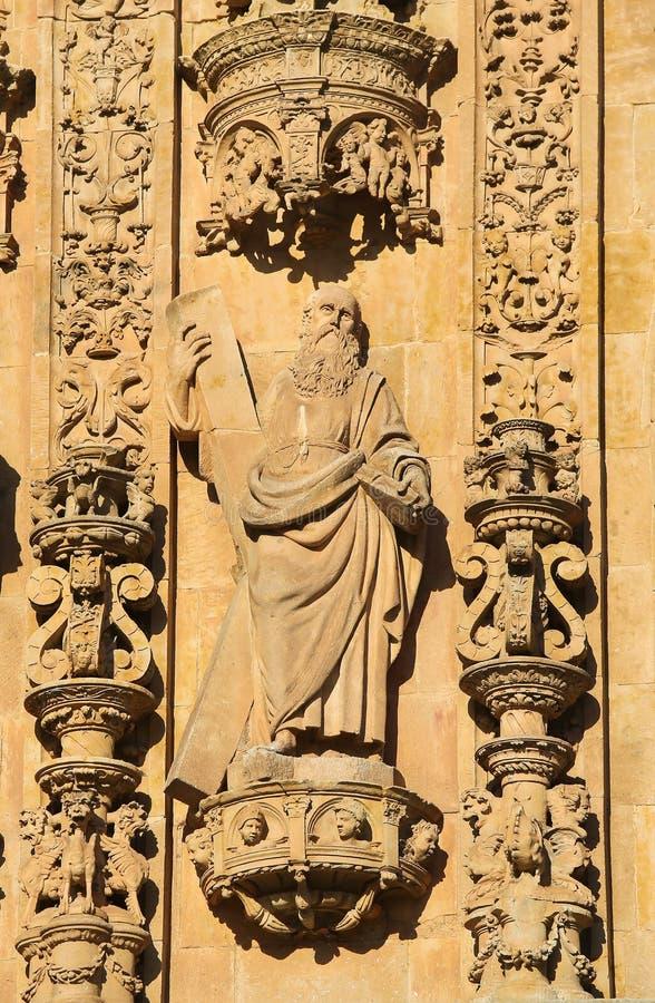 Convento de San Esteban in Salamanca - St Andrew stockfotos