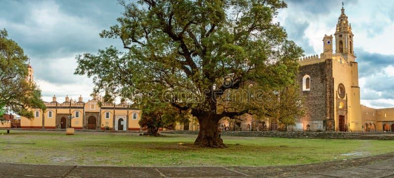Convento de San Gabriel em Cholula, México fotos de stock