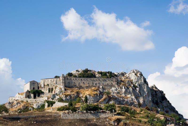 Convento della roccia a Caltabellotta fotografia stock libera da diritti