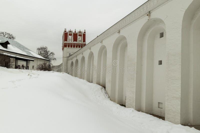 Convento di Novodevichiy Giorno di inverno a Mosca, Russia fotografie stock libere da diritti