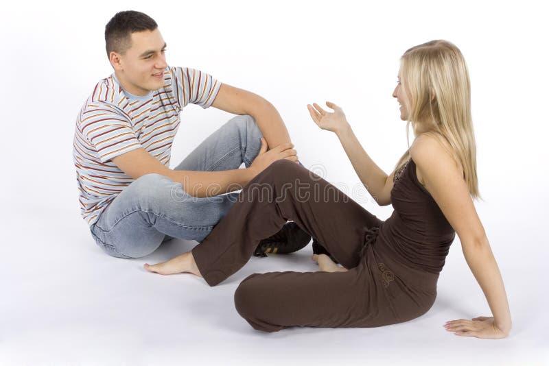Conversaton da mulher e do homem foto de stock