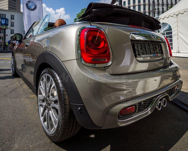 Convertibile di Mini Cooper S dell'automobile della città fotografia stock libera da diritti