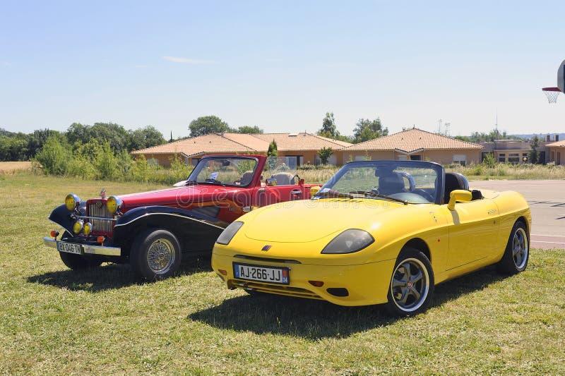 Convertible amarelo de Fiat fotos de stock