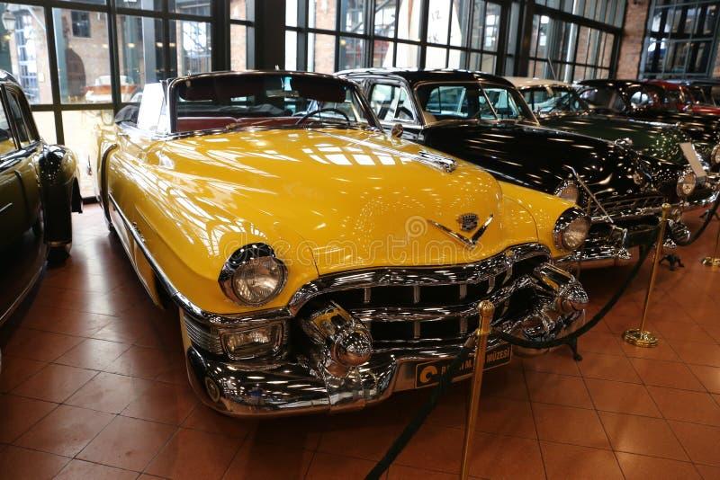Convertible 1953 da série 62 de Cadillac imagens de stock royalty free