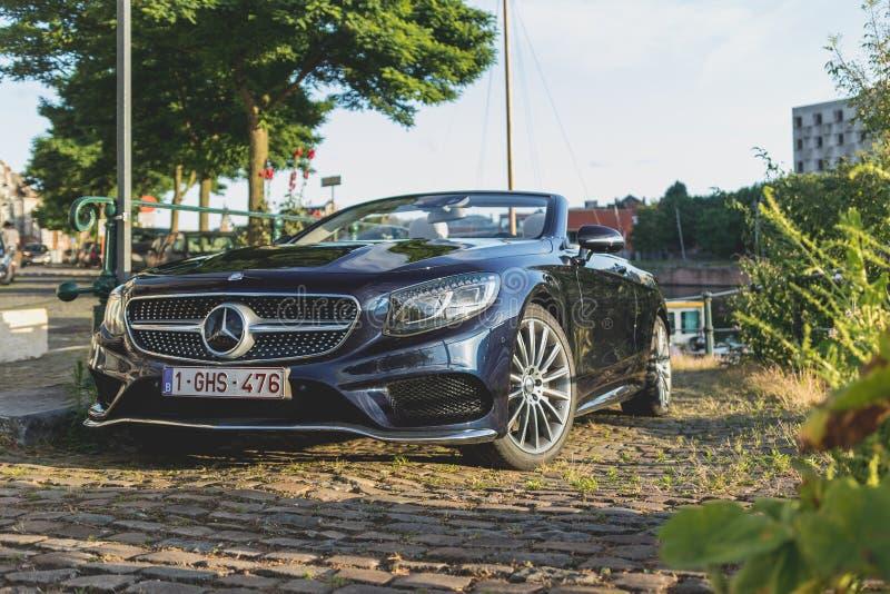 Convertible de Mercedes-Benz S500 fotos de stock royalty free