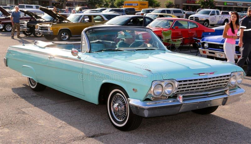 Convertible imponentemente hermoso 1964 de Chevrolet Impala imagen de archivo libre de regalías