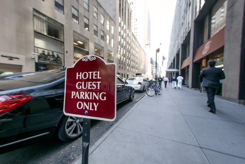 Convidado do hotel que estaciona somente fotografia de stock royalty free