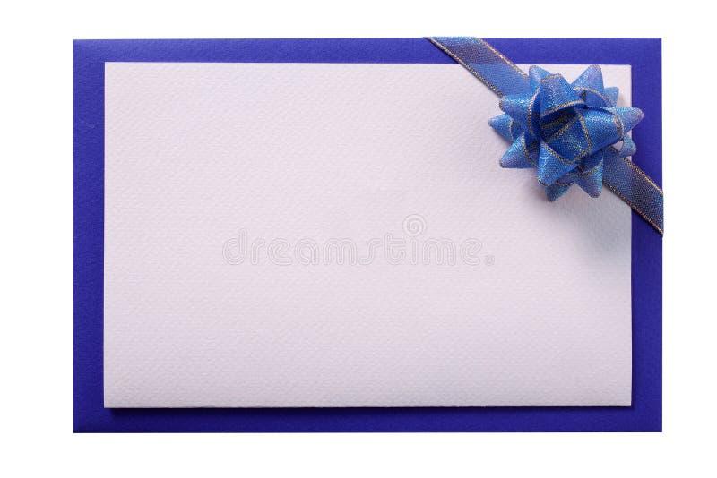 Convide o fundo branco isolado da cópia da fita azul do cartão o espaço branco foto de stock