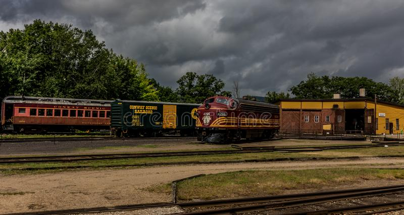 Conway Scenic Railroad norr Conway arkivbilder