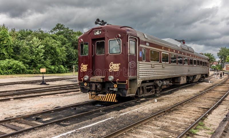 Conway Scenic Railroad norr Conway arkivfoton