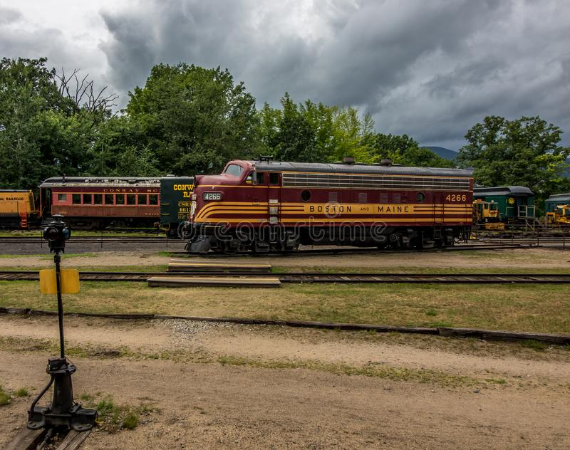 Conway Scenic Railroad norr Conway arkivbilder