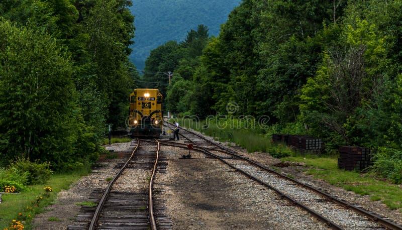 Conway Scenic Railroad norr Conway royaltyfri bild
