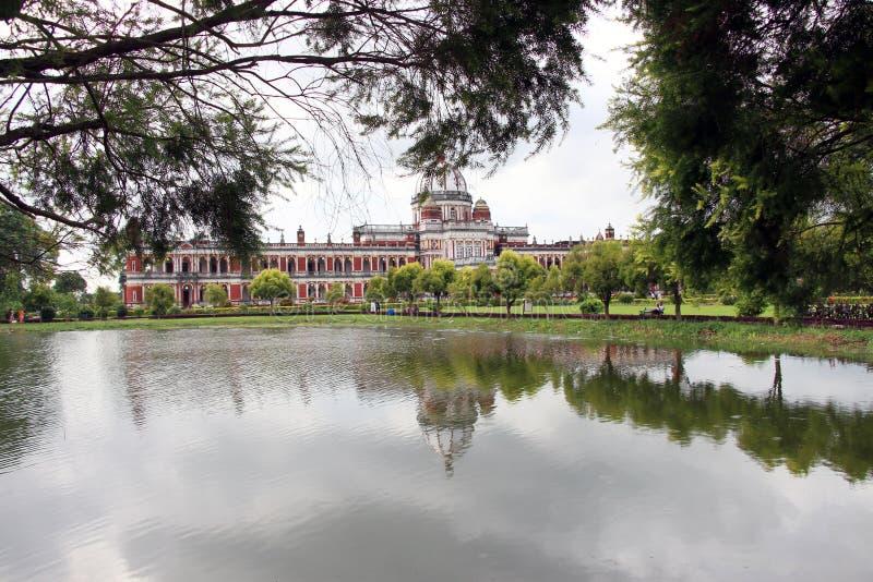Cooch Behar Palace, igualmente chamado Victor Jubilee Palace fotografia de stock royalty free