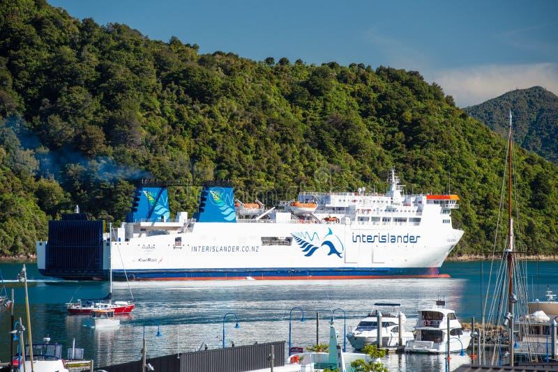 Cook Strait van Interislander veerboot bij Picton-Haven, Nieuw Zeeland royalty-vrije stock fotografie