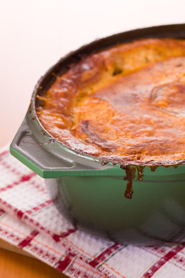 Free Cooked Meat Pot Pie Royalty Free Stock Photos - 18044328