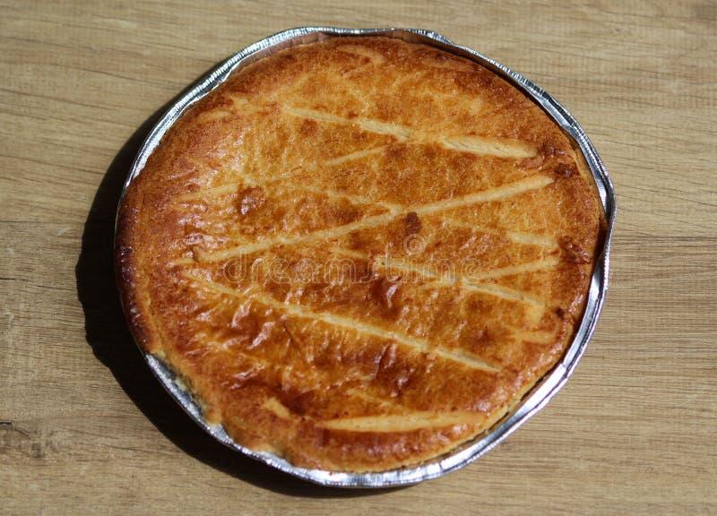 Cookie holandesa Selfmade de Boterkoek do bolo da manteiga, fresco cozida do forno Indicado no fundo de madeira imagens de stock