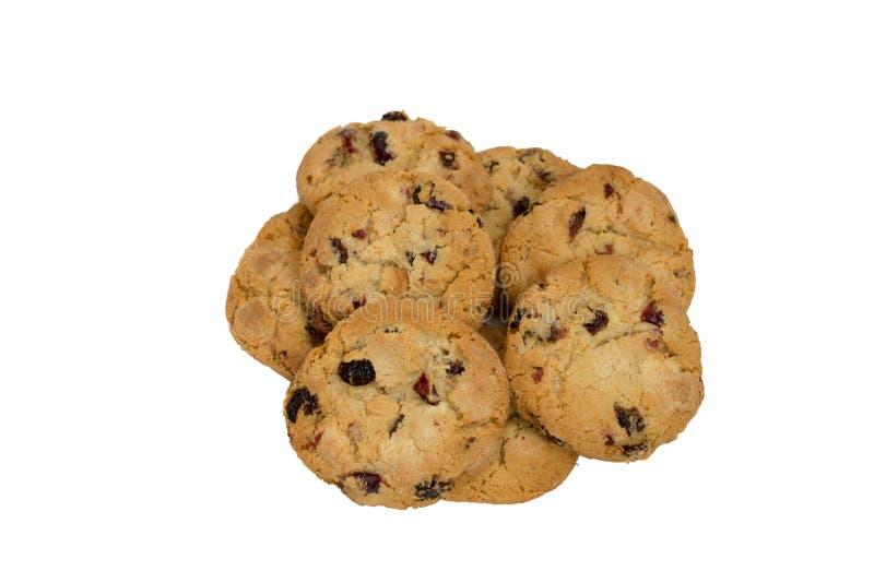 Cookies com passas em uma placa branca Vista superior isolada no fundo branco imagem de stock