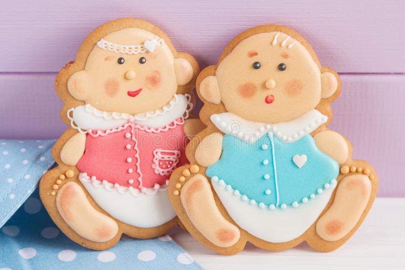 Cookies da crosta de gelo da festa do bebê foto de stock