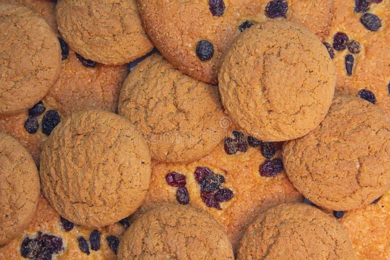 Cookies deliciosas com passas fotos de stock