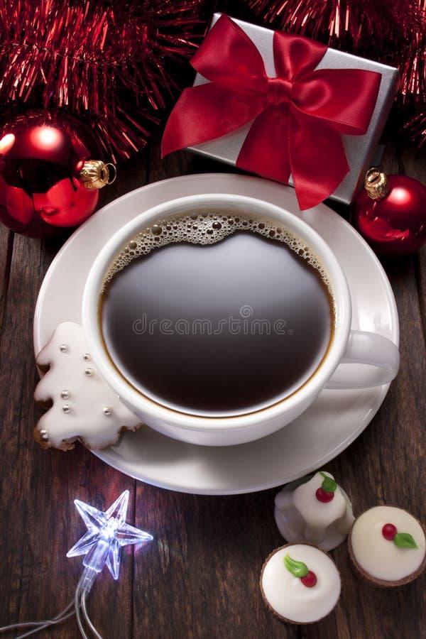 Cookies dos chocolates do café do Natal fotografia de stock