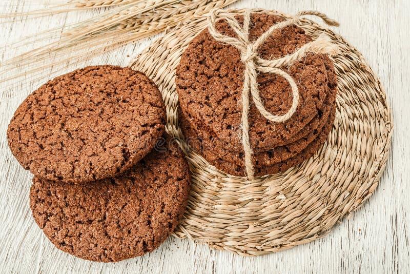 Cookies e trigo da aveia imagens de stock
