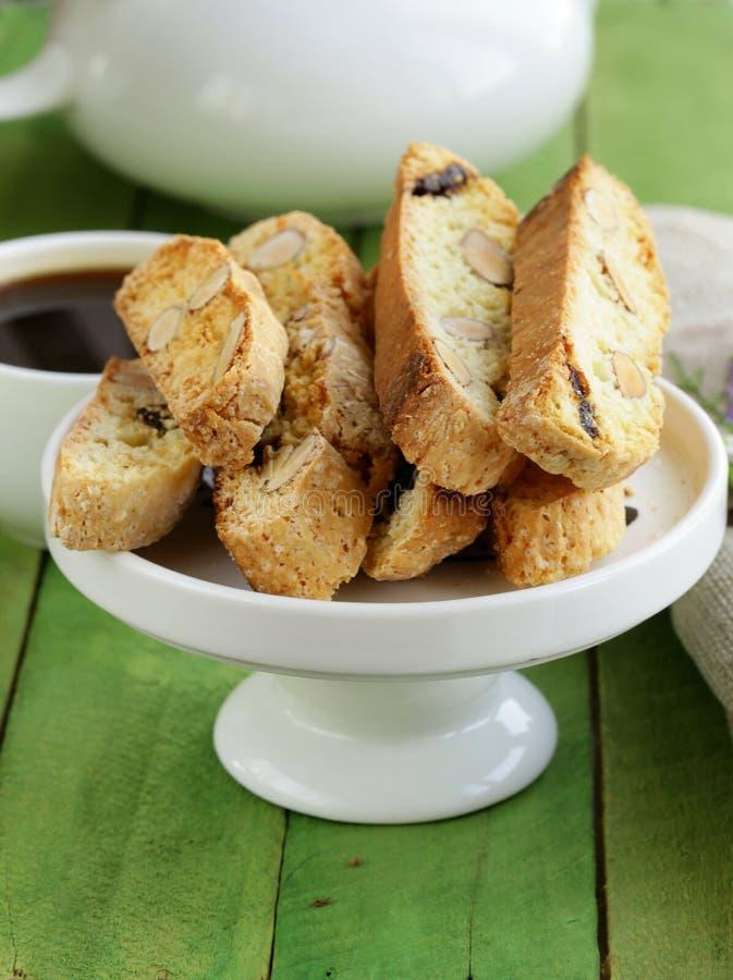 Cookies italianas tradicionais do biscotti (cantucci) fotografia de stock