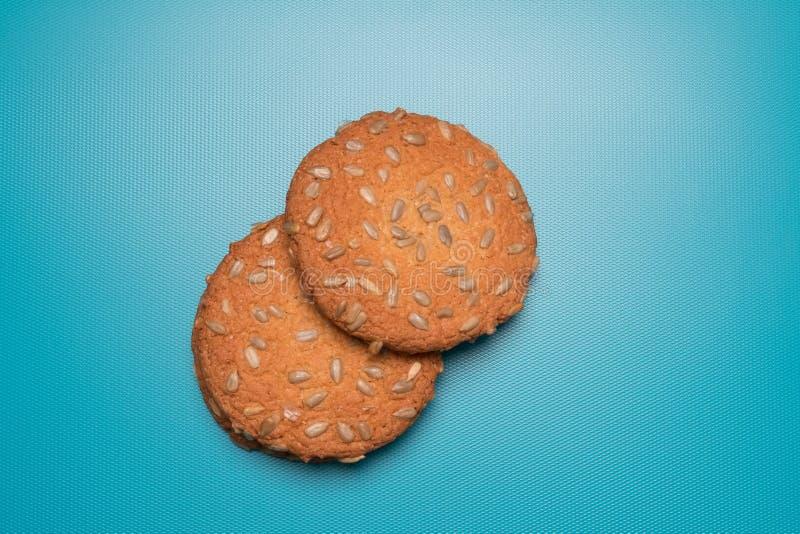 Cookies studio-afbeelding Smakelijke koekjes eten met zaden stock foto's