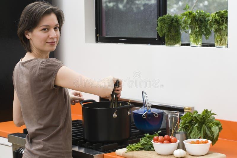 cooking_stir fotografia stock libera da diritti