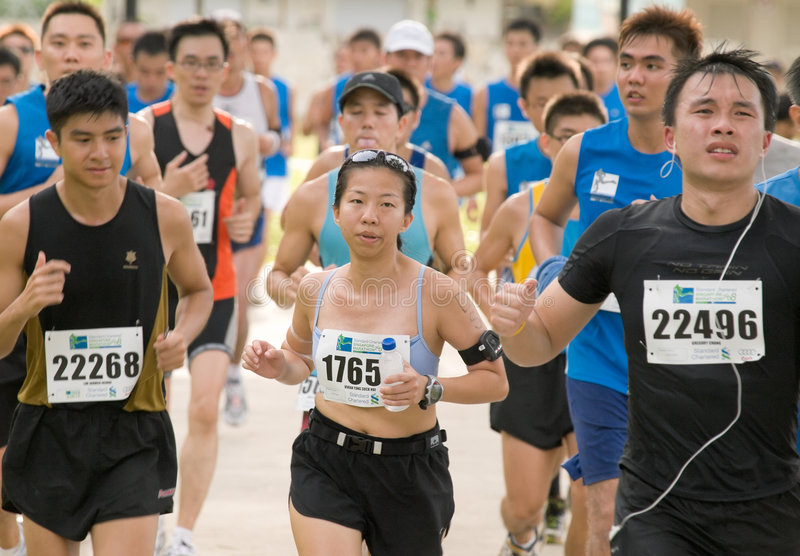 Download Cool Lady At The Singapore Marathon 2008 Editorial Photo - Image: 7405526