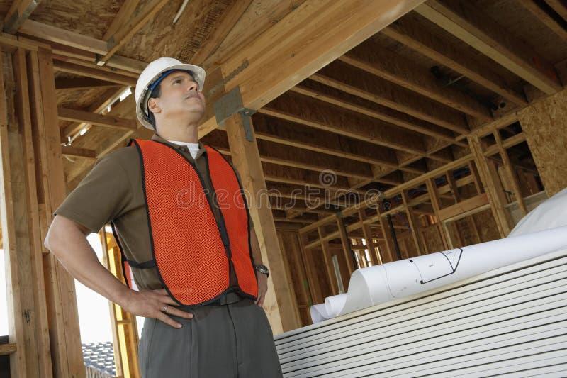 Coordenador At Construction Site imagem de stock royalty free
