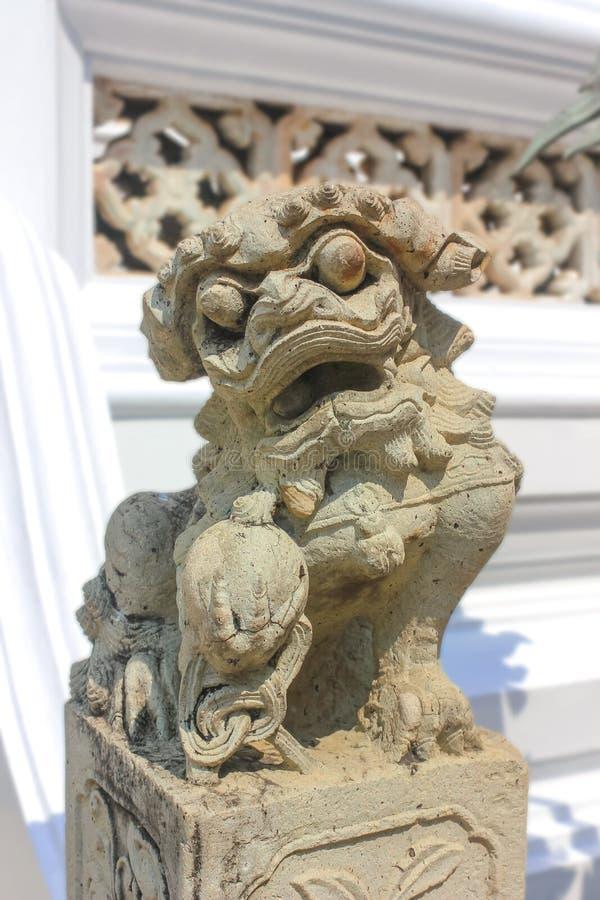 Coordonnée de gardien de lion sur Wat Phra Kaew, temple d'Emerald Buddha photographie stock