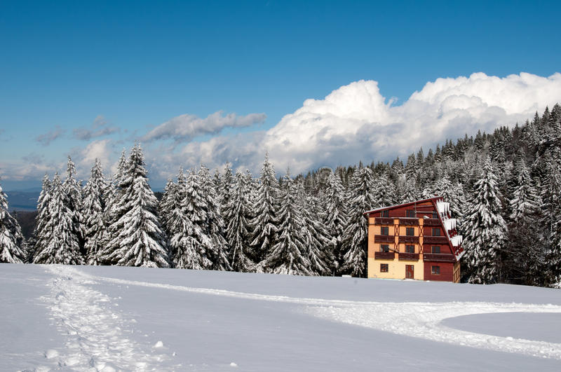 Coottage in Bucegi Mountains royalty free stock photo