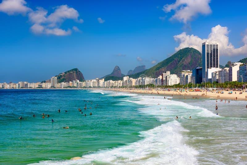 Copacabana Leme i plaża wyrzucać na brzeg w Rio De Janeiro, Brazylia zdjęcia stock