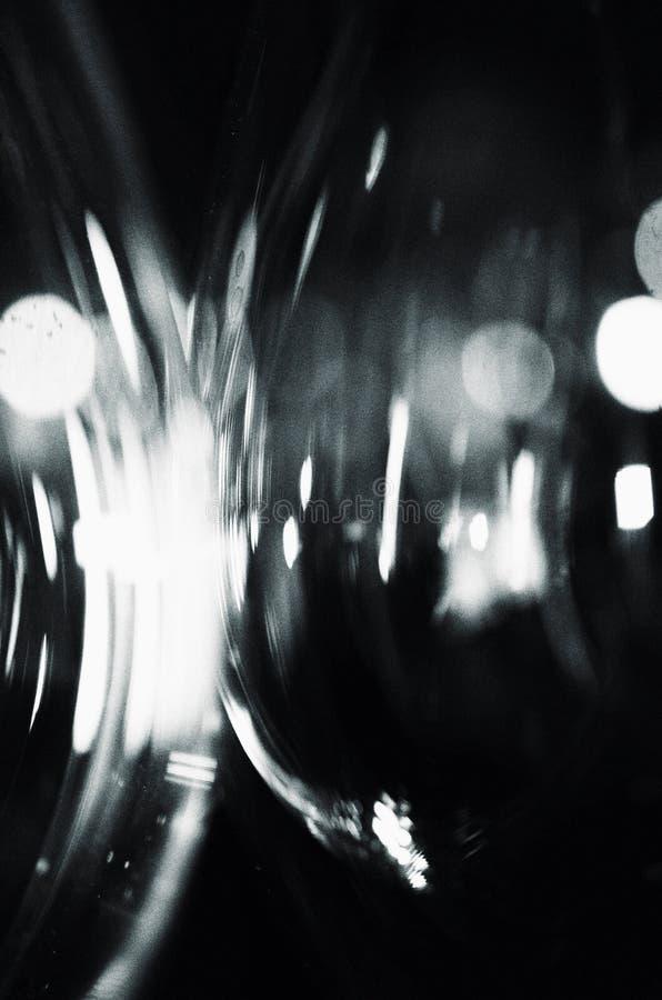 Copas de vino reflectoras fotografía de archivo libre de regalías