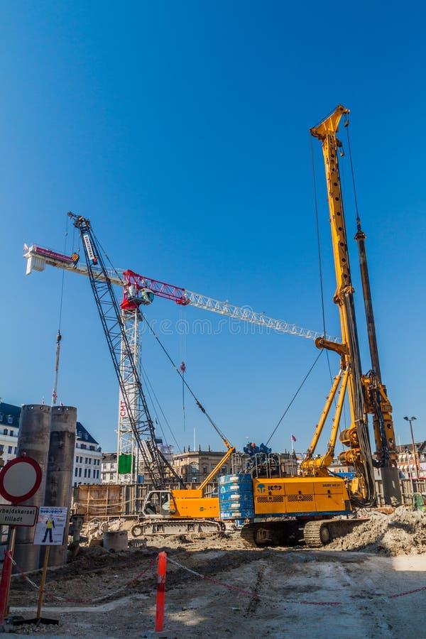 COPENHAGHEN, DANIMARCA - 26 AGOSTO 2016: Cantiere di nuova linea della metropolitana a Copenhaghen, Denma fotografia stock libera da diritti