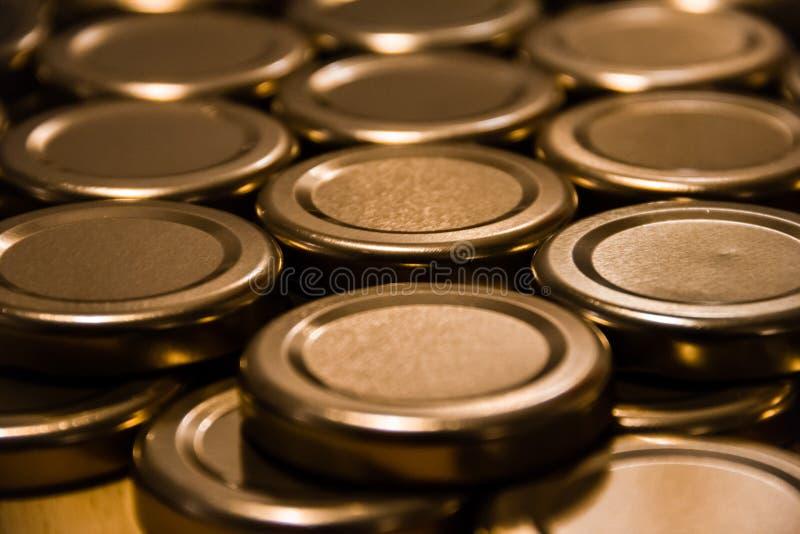 Coperchi per i barattoli fotografie stock libere da diritti