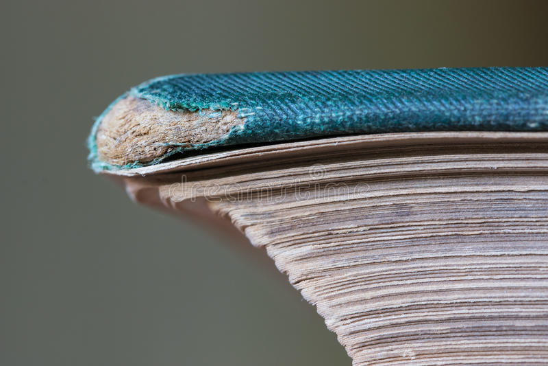 Copertina di libro consumato immagine stock