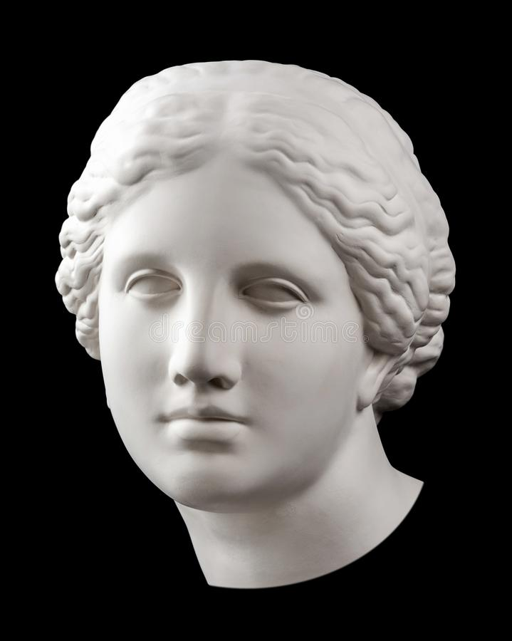 Copie de gypse de la t?te antique de V?nus de statue d'isolement sur le fond noir Visage de femme de sculpture en pl?tre images libres de droits