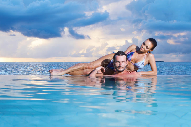 Copile em Maldives imagens de stock royalty free