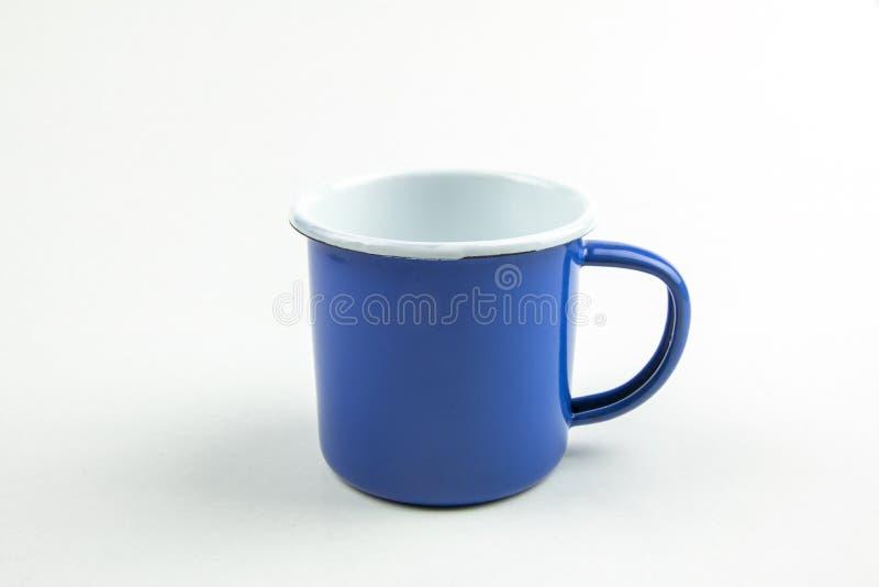 Copo azul da lata imagens de stock royalty free