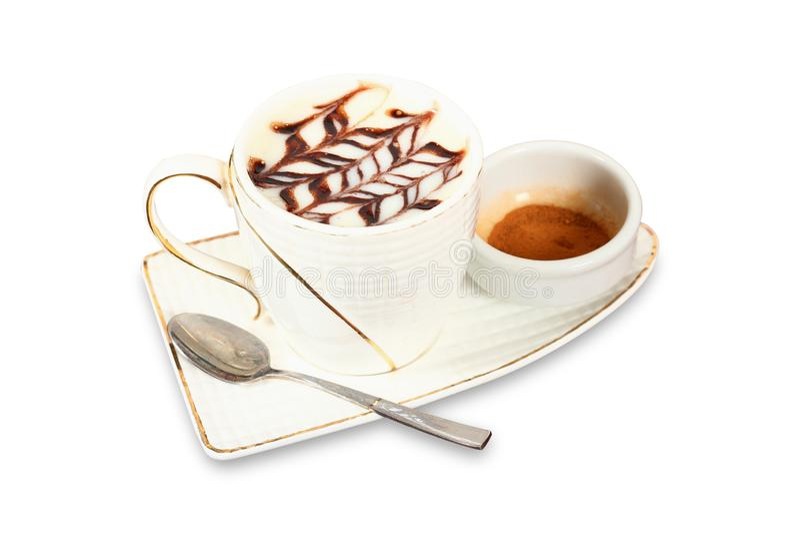 Copo branco da bebida quente leitosa do salep de Turquia com pó da canela imagem de stock royalty free