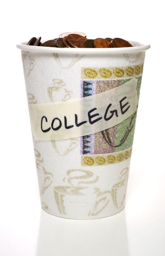 Copo completamente da mudança, faculdade imagem de stock