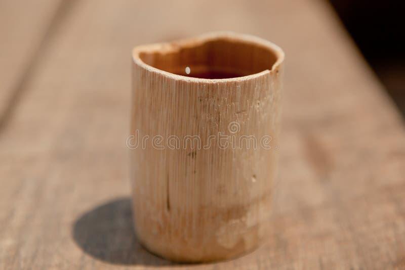 Copo de bambu imagens de stock