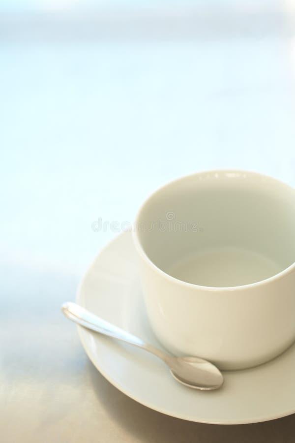 Copo de café branco vazio fotografia de stock royalty free