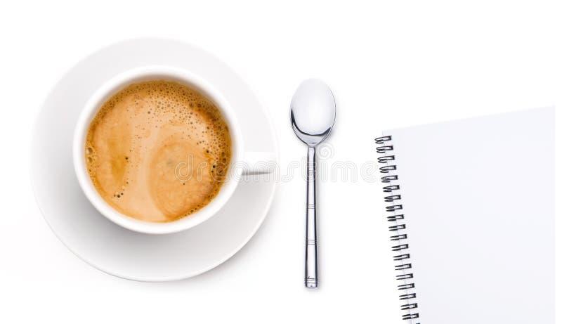 Copo de café com bloco de notas fotos de stock royalty free