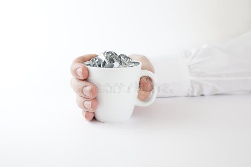Download Copo De Café Da Terra Arrendada Do Homem De Negócio Dos Pregos Imagem de Stock - Imagem de construção, breakfast: 12811069